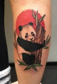关于国宝大熊猫的一组纹身作品图