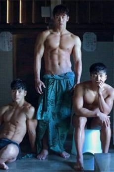 三個健身房的性感帥哥裸上半身誘人寫真集