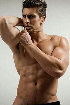 身材诱人的欧美男模肌肉帅哥健美写真图片