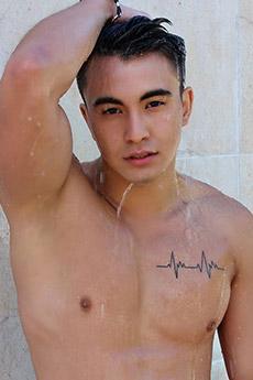 性感肌肉帅哥迷人浴室湿身生活摄影写真照片