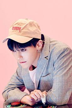 韓國人氣偶像帥哥權志龍可愛寫真圖片