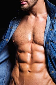 MIKA封面性感肌肉男模誘人攝影寫真圖片