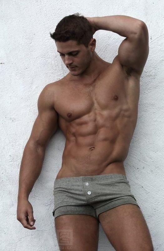 欧美性感肌肉帅哥写真图片4张