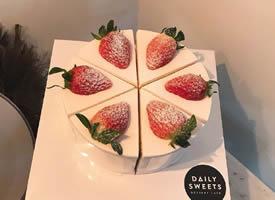 一组美美的草莓蛋糕图片欣赏