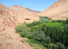 新疆吐鲁番火焰山图片欣赏