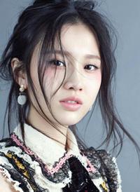 一组女生圆脸适合的刘海发型图片欣赏
