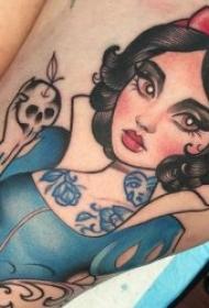 白雪公主纹身   卡通美丽动人的白雪公主纹身图案