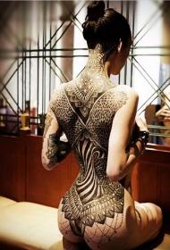美女紋身性感 多款十分漂亮誘惑的美女紋身性感圖案