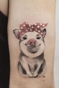猪主题的一组小猪纹身图案9张