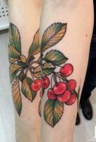 水果纹身小清新图片 多款颜色鲜艳?#30446;?#29233;卡通水果纹身图案