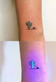 9组发光的荧光纹身效果对比图欣赏