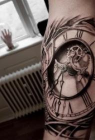 時鐘紋身圖案 10款黑灰紋身骷髏頭與時鐘組合的紋身圖案