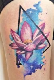 纹身唯美图片   渐变与水彩相结合的唯美纹身图案
