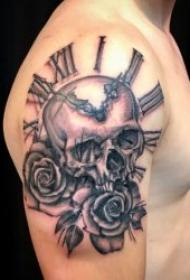 钟表纹身图案 10组多款黑灰色的创意钟表纹身图案