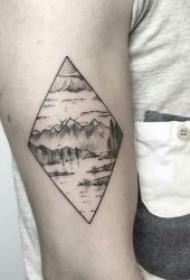 山水纹身图案  9组层峦叠嶂的山脉纹身图案