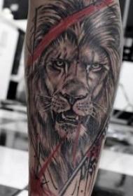 獅子紋身圖案  10張百獸之王霸氣的獅子紋身圖案