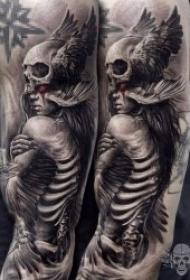 紋身骷髏   20組骨枯無肉恐怖的骷髏主題紋身圖案