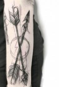 箭纹身 疾如雷电的创意箭纹身图案