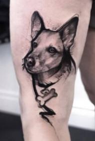 一组手臂上的暗黑动物纹身图案