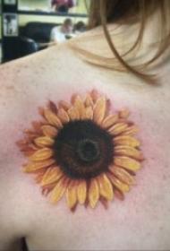 向日葵纹身图片  9款意味着积极向荣的向日葵纹身图案