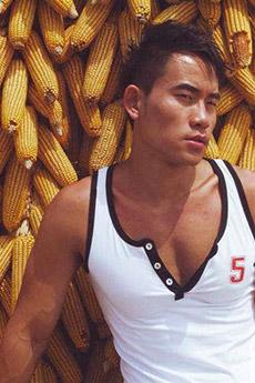杜达雄的中国男模程东个性写真图片