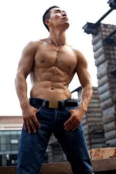 身材完美的肌肉帅哥赵天辉艺术图片