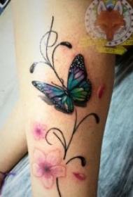 蝴蝶紋身圖案 11張翩翩起舞的蝴蝶紋身圖案