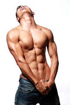 健身教练曹云航性感肌肉写真图片