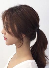 修饰脸型的气质马尾point:蓬松感+C卷额发