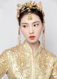 端庄气质中式造型,展现东方新娘的婉约