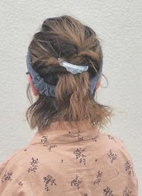 丝巾发带发型,告别一成不变的清汤挂面