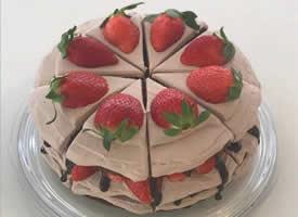 一组美味可口女生都喜欢的草莓蛋糕