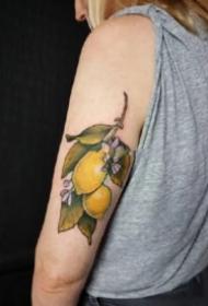 柠檬的纹身 9张关于柠檬的主题纹身图片