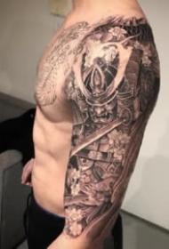 紋身花臂作品 9款男性的帥氣包臂花臂紋身圖片