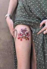 猫狗纹身 可爱小猫小狗主题的一组彩色小纹身图片