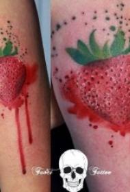 水果纹身小清新图片  酸甜可口的清新草莓纹身图案