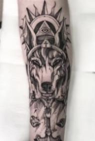 包臂設計紋身 好看的一組包臂設計點刺紋身圖片