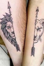 小臂黑纹身 黑色的13张手臂点刺黑图纹身作品