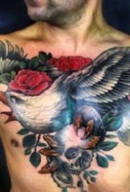 9款男性的大花胸纹身作品图片