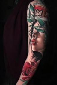 歐美炫彩風格的一組寫實紋身圖片