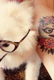 狗纹身图案 一组形态各异的狗纹身图案