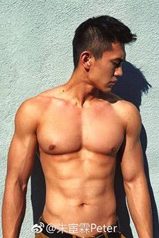 肌肉帅哥朱宦霖迷人写真图片