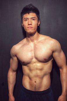 肌肉帅哥星健身刘兆丰私房照写真图片