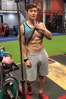 健身肌肉帅哥peter le肌肉写真图片