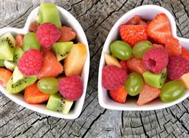一组多姿多彩美丽的水果拼盘图片欣赏