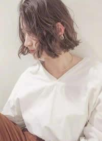 一组女生短发日系空气感短发图片