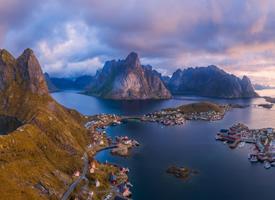 唯美挪威海岸风光高清桌面壁纸