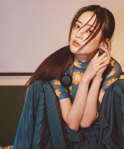 王梓薇時尚俏麗寫真圖片