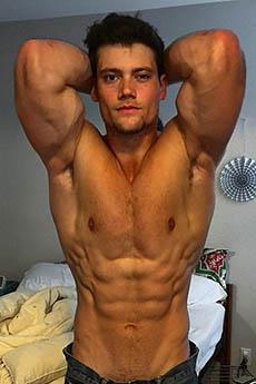 英国肌肉帅哥Connor Murphy生活照