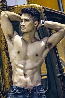 肌肉直男帅哥艺术写真图片